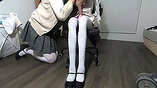 I fucked a school girl and she cum inside me