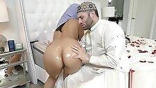 Groundbreaking Arab Porn Story