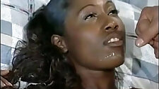 African model in a sexy blowbang hardcore