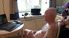 Ulf larsen pee flash wank and orgasm for two girls...